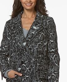 Drykorn Girona Mantel Snake Print - Black/White/Grey