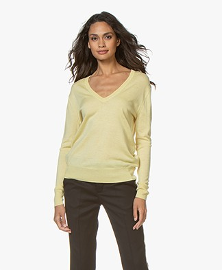 Filippa K Silk Mix V-Neck Trui - Wax