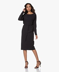 Josephine & Co Joan Travel Jersey Jurk - Zwart