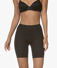 SPANX® Thinstincts Mid-Thigh Shorts - Zwart