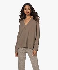 Majestic Filatures V-neck Cotton-Silk Blend Sweatshirt - Militaire/Chamois