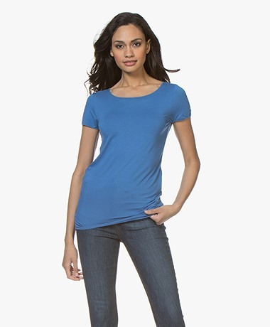 Majestic Filatures Soft Touch T-shirt met Ronde Hals - Ponza Blue