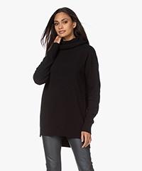 Resort Finest Selva Cashmere Blend Sweater - Black