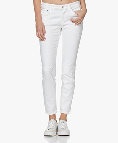 Closed Baker Distressed Slim-fit Jeans - Wit