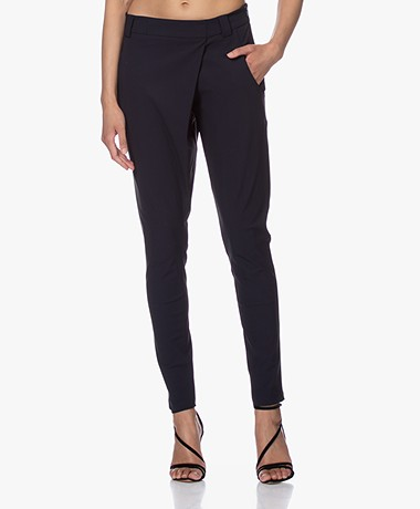 Woman by Earn Earn Taps Toelopende Tech Jersey Broek - Navy
