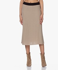 indi & cold Pleated Knitted Midi Skirt - Lino