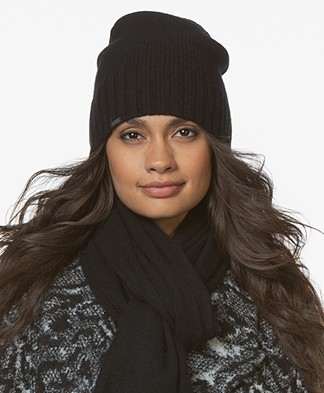 Drykorn Drigus Knitted Cashmere Beanie - Black