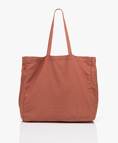Monk & Anna Kyodaina Canvas Shopper - Brick Red