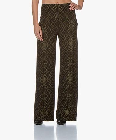 Norma Kamali Straight Leg Print Broek - Olive Sweater