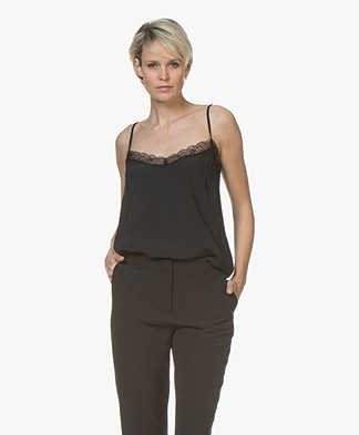 BY-BAR Isa Viscose Camisole met Kant - Off-black