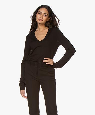 Joseph Merino Wool V-neck Sweater - Black