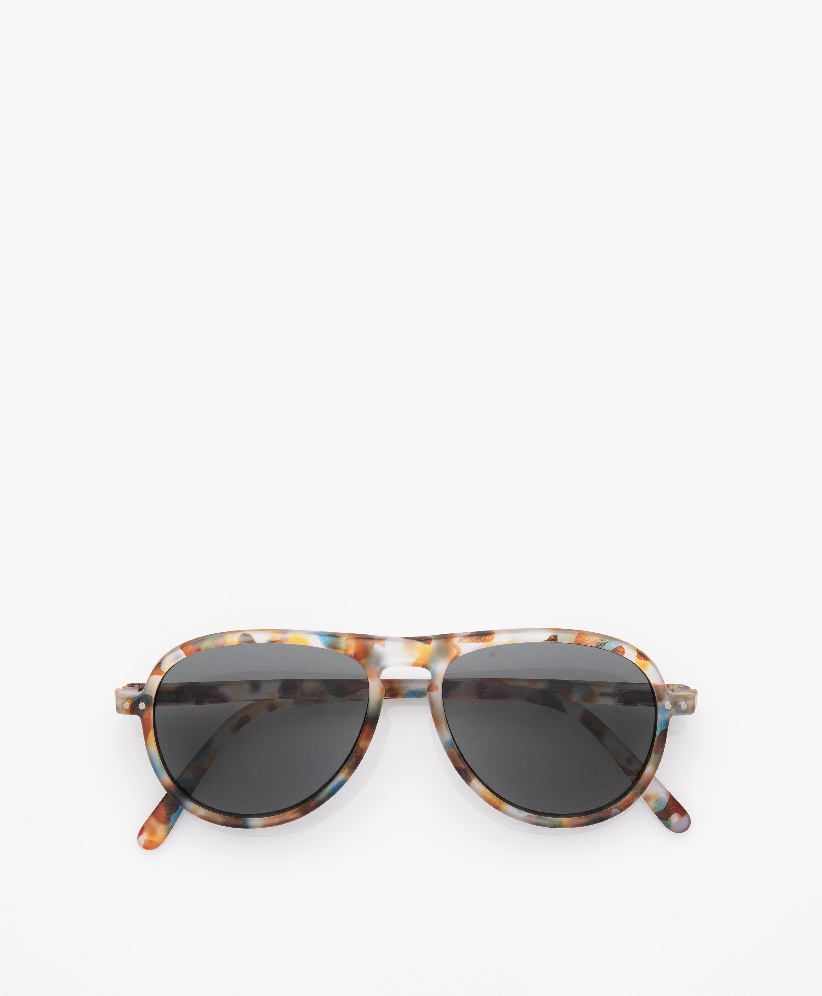 62ea4bcfc29 IZIPIZI SUN  I Sunglasses - Blue Tortoise Grey Glasses - IZIPIZI