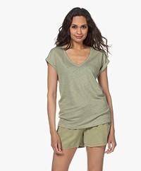 by-bar Mila Linen V-neck T-shirt - Bright Olive