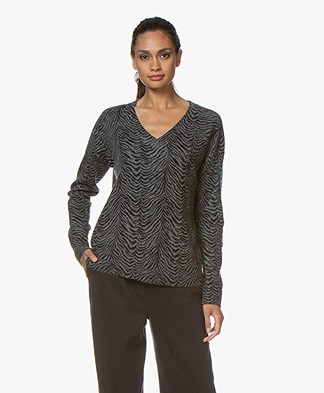 Repeat Cashmere Sweater with Zebra Print - Med Grey/Black