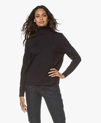 Sibin/Linnebjerg Lisa Turtleneck Sweater in Merino Wool - Navy