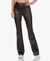 SPANX® Leather-Like Flared Pull-on Broek - Zwart