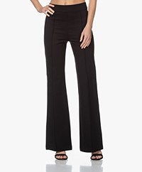 SPANX® The Perfect Ponte High-rise Flare Legging - Zwart