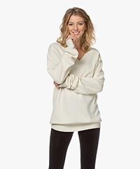 extreme cashmere  N°162 Claim Cashmere Sweater - Cream