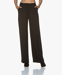 studio .ruig Bietje Viscose Crepe Pants - Black
