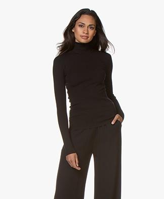 Joseph Luxurious Silk Blend Roll Neck Sweater - Zwart