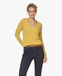 Majestic Filatures Cashmere V-neck Sweater- Soft yellow