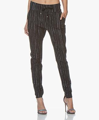 JapanTKY Yogi Travel Jersey Striped Pants - Blue Black/White