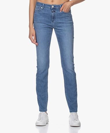 Closed Lizzy Shaper Denim Skinny Jeans - Mid Blue