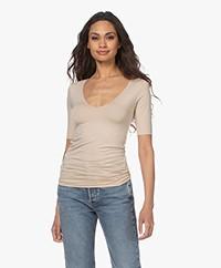 Majestic Filatures Soft Touch Scoop V-hals T-shirt - Sable