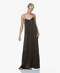 extreme cashmere N°70 Pina X Long Silk Maxi Dress - Black
