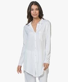 HANRO Cotton Deluxe Jersey Boyfriend Pyjamashirt - Wit