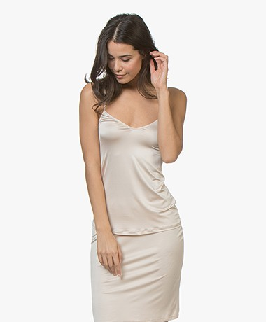 HANRO Satin Deluxe Spaghetti Strap Top - Natural