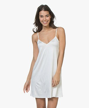 HANRO Satin Deluxe Slip Dress - Off-white