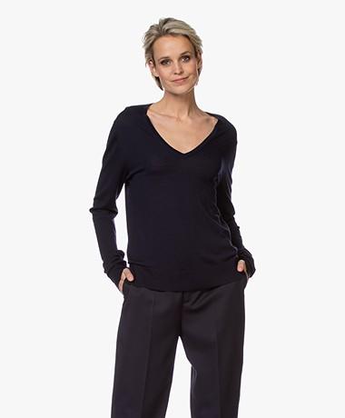 Joseph Merino Wool V-neck Sweater - Navy
