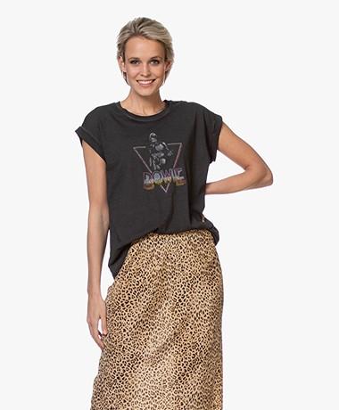 MKT Studio Triane Bowie Bio-katoenen T-shirt - Off-black