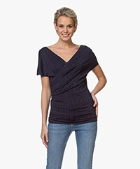 By Malene Birger Nimes V-hals Rib T-shirt - Night Sky