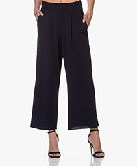 JapanTKY Kona Travel Jersey Culottes - Black Blue