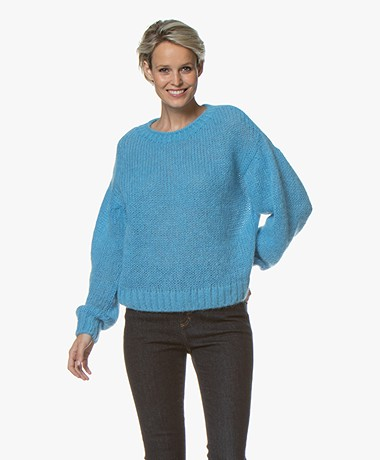 Closed Crew Neck Sweater in Mohair Blend - Bright Sky