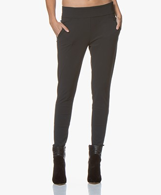 Woman by Earn Amber Travel Jersey Broek - Donkergrijs