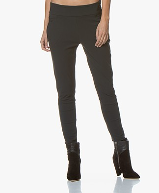 Woman By Earn Amber Travel Jersey Pants - Dark Grey