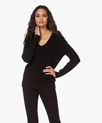 Vince Weekend Cashmere V-neck Sweater - Black