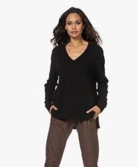 Sibin/Linnebjerg Haven V-neck Sweater - Black