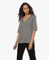 Woman by Earn Hannah Striped V-neck T-shirt - Black/Off-white