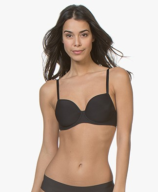 HANRO Smooth Illusion Spacer Bra - Black