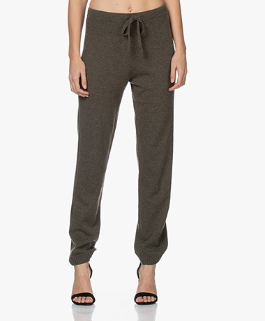 Repeat Luxury Fijn Gebreide Cashmere Sweatpants - Kaki