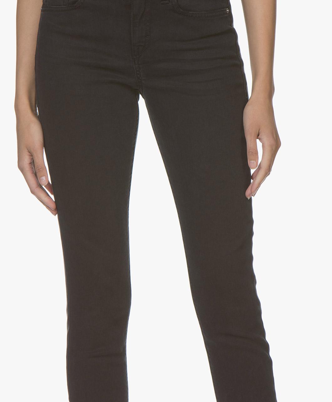 cb27797d6fdb1a 181122-Drykorn-NEED-Stretchy-Skinny-Jeans---Zwart--869.jpg