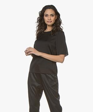 Filippa K Zijden T-shirt - Zwart
