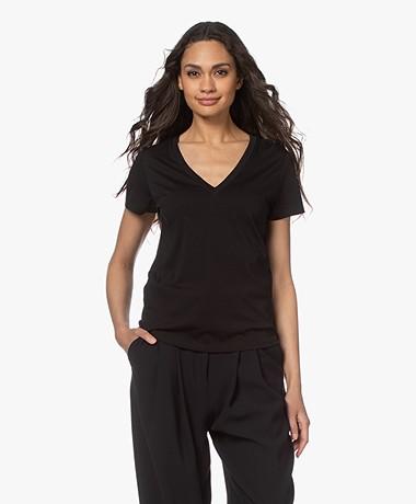 Vince Essential Pima Katoenen V-hals T-shirt - Zwart