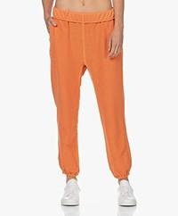 FRAME Rolled Up Pima Katoenen Sweatpants - Washed Tangerine