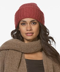 Filippa K Pilo Hat - Raspberry