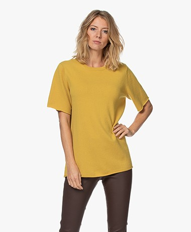 extreme cashmere N°64 Long Knitted Cashmere T-shirt - Mustard